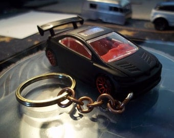custom made keychain 2006 honda civic-si,flat black w/hand made chain and jumprings-black tires on red chrome mags/repaint mint