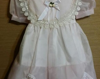 Adorable little girl 1980's pink and lace, special event dress, with beautiful large lace collar