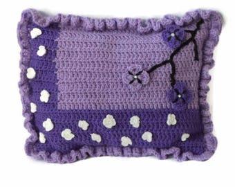 Decorative pillow, Crochet pillow, Purple pillow decoration, Gift for her, home decor, Decorative Cushion