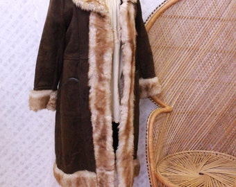 Vintage brown embroidered Sheepskin Suede afghan Fur collar cuffs 60s 70s penny lane hippy Princess coat jacket M L