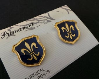NEW Vintage Primavera Gold Blue Enamel Fleur De Lis Shield Stud Earrings