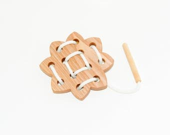 Wooden lacing sun toy, Educational toy, Montessori toys, Organic toy, Toddler activity, Natural eco friendly, Learning sewing toys