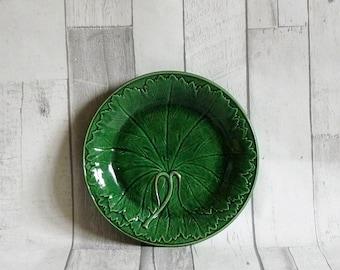 Antique Victorian Green Majolica Leaf Plate