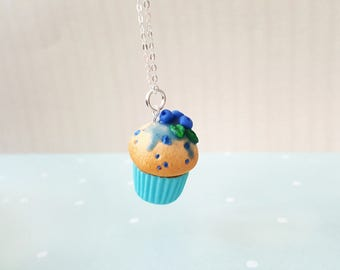 Blueberry cupcake pendant, miniature food charm, kawaii cupcake necklace, forest jewelry, fruit jewelry, forest necklace, nature necklace