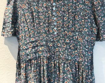 Blue floral Karin Stevens dress