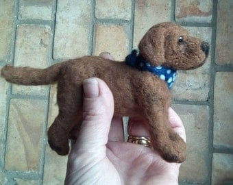 Needle felted chocolate labrador