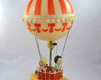 Vintage Hot Air Balloon Lamp, Dolly Toy Company Child's Room Lamp