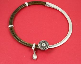 7A/3 MADE in EUROPE zamak half necklace, metal half necklace, zamak flower half necklace (Ablz74S) Qty1