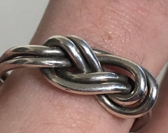 Silver Double Figure Eight Knot Ring