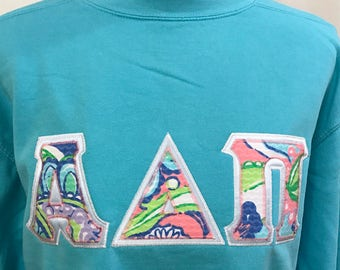 ships today size m alpha delta pi with lilly pulitzer fabric sweatshirt by comfort colors with greek stitched letters