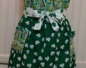 Saint Patrick's Irish shamrocks green yellow white gathered bodice women's full apron