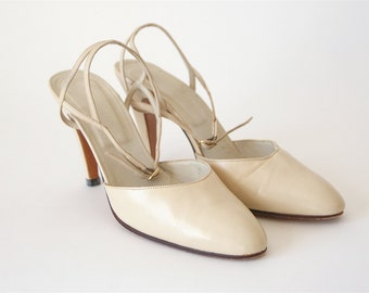80s Bone Leather Slingback Pumps - White Cream Color Sandal Strap Heels - Size 7 Narrow