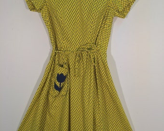 1950's Yellow Floral Dress with Tulip Pocket