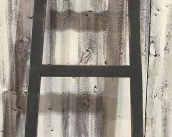 Angled Ladder