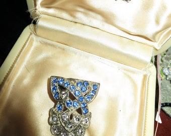 Beautiful Vintage Art Deco brooch with blue rhinestones