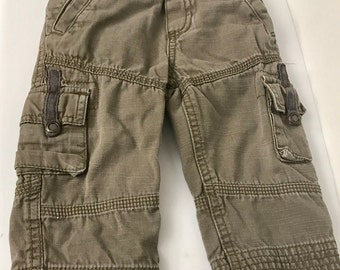 Baby OshKosh Cargo  Pant for Baby Pant Size 12M Brand Genuine Kids From OSHKosh.