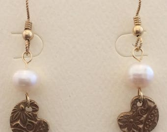 Bronze Leaves with Freshwater Pearl
