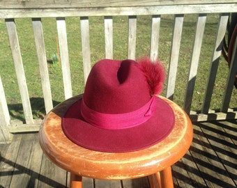 "Vintage Women's George W. Bollman Burgundy Brimmed Hat, Medium size 7 (22"") Doeskin Wool Felt, Band w/Feathers, Made in USA Fedora 60's 70's"