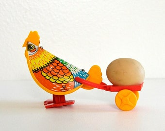 vintage wind up rooster chicken Easter decor mechanical toy