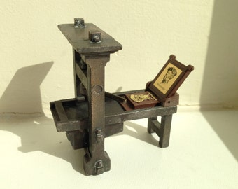Play Me Printing Press Pencil Sharpener