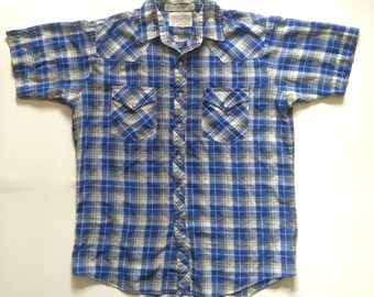 vintage 1970s mens plaid short sleeve shirt / plaid short sleeve / blue plaid button up