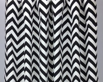 Black & White Chevron Curtains  - FREE SHIPPING - Drapes - Rod Pocket - Grommets - Lined/Unlined - Valance- 24 50 x 84 96 108 120 Panels
