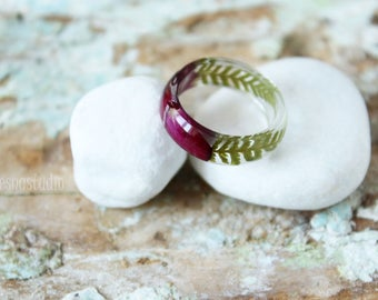 Red Rose resin ring Fern resin ring Red Rose jewelry Real flower rings Flower resin jewelry Natural jewelry Valentine's gift Bridesmaid gift