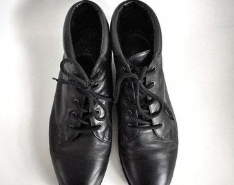 Vintage Danexx Boots Black Leather Sz 6 Lace up Granny Punk Fairy Combat Goth
