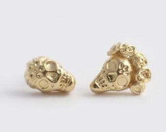 14K Gold Skull Earrings, Sugar Skull Earrings, Skull Studs, Gothic Earrings, Skull Post Earrings, Dia De Los Muertos Earrings, Frida Earring