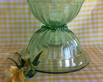 Vintage Hazel Atlas green Depression Glass nesting mixing bowl 1940