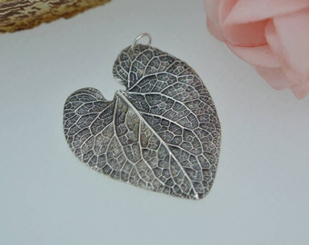 Silver Leaf Pendant, Leaf Necklace, Forget-me-not, Nature pendant, heart, silver leaf, leaf jewellery, Silver leaf necklace, Large leaf UK