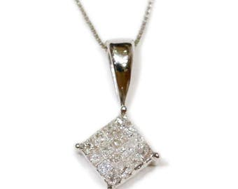 0.25 CT. Diamond Pendant in 14K White Gold (Chain Included)