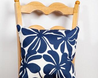 Outdoor Pillow, Outdoor Decor, Patio Decor, Indoor Outdoor Decor, Pillow, Mod, All Weather, Floral Decor, Navy, White