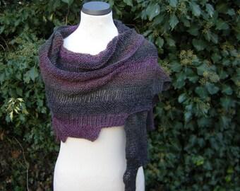 Hand knit shawl stole triangle triangle towel jagged