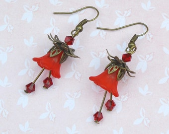 Vintage floral earrings, lily earrings, red floral earrings, red flowers, romantic earrings