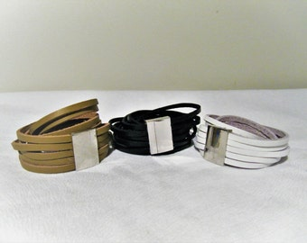 Bracelets Leather - must have absoslument!