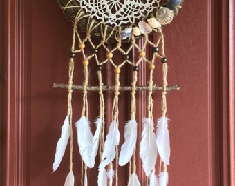 Shell Wall Hanging, Boho Feather Wall Hang, Vintage Wall Hanging, Branch Wall Decor, Dreamcatchers, Feather Wall Hanging, Unique Wall Decor