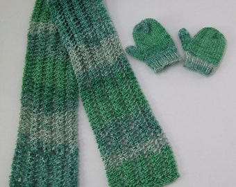 "American Girl / Journey Girl 18"" Doll Green Scarf and Mittens"
