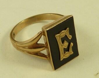 9K Gold Black Onyx E Initial Ring Gothic