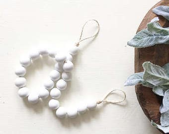 White Bead Garland, White Wood Beads,Wooden Bead Garland, Wood Bead Garland, Garland, Wood Beads, Wood Garland, Bead Garland, Rustic Garland
