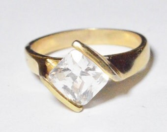 Vintage Featured CZ Band Ring Gold Tone Size 9