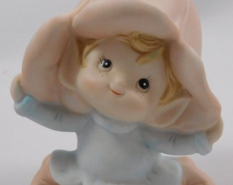 Pixie Figurine, Homco, 5615, Lily Hat, Holding Hat, Bisque, Flower Fairy