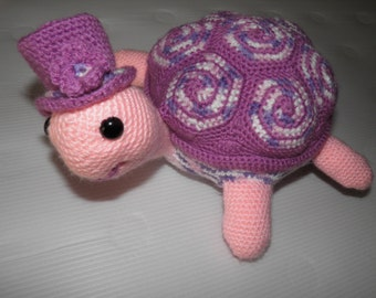 Plush turtle amigurumi