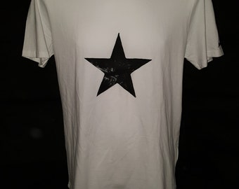 Blackstar Tshirt, David Bowie-inspired, 100% Cotton, black or white, handprinted