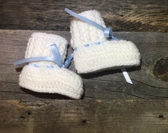 Baby Booties, Crochet Baby Booties, Baby Ankle Boots, Crochet Booties, Baby Shoes, white shoes