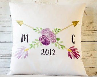 """Personalised Wedding/couple arrow ~ 16"""" white cushion/pillow cover vintage shabby chic"""