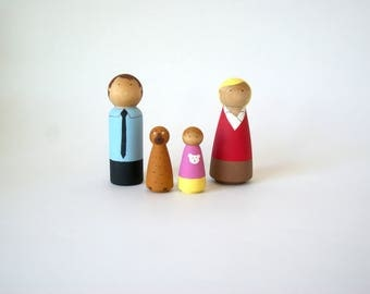 Custom Peg doll family of 4, gift for mom, peg people, montessori toys, family peg doll, peg doll family, peg dolls, wooden peg dolls