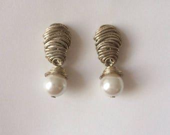 Vintage 1960's Silver Spiral White Pearl Dangle Drop Earrings