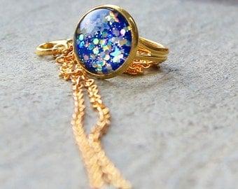 Gold Star Ring - Star Ring - Handmade Ring - Statement Ring - Glitter Ring