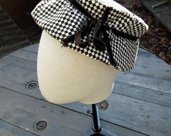 Black and white squares velvet hat